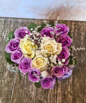 Inimioara trandafiri mov si albi 2