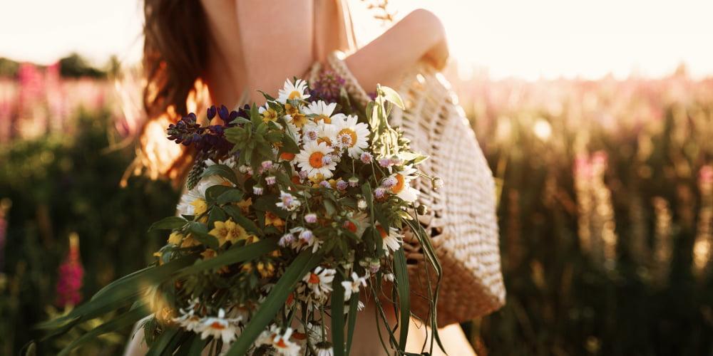 Un foarte frumos - flori care ne dau nouă oamenilor nume. Tu ai nume de floare - cu vanzare online in cluj napoca
