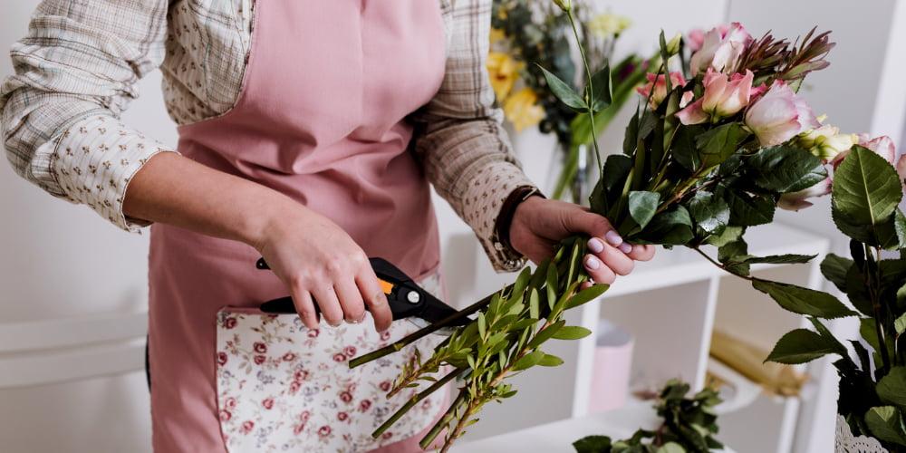 Căutăm Ajutor decorator florar