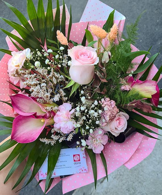 Buchet cale trandafir Astilbe 1 1