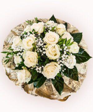 Buchet din 15 trandafiri albi 1
