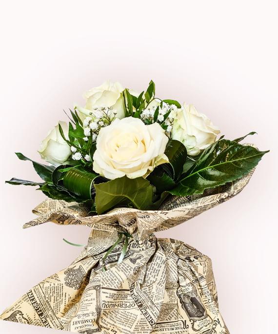 Buchet din 15 trandafiri albi 3