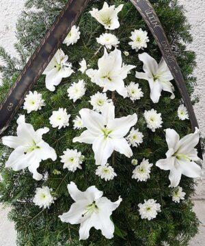 Coroana funerara crin si crizantema 2