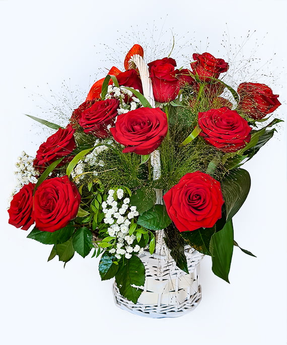 Cos cu 31 de trandafiri rosii 2