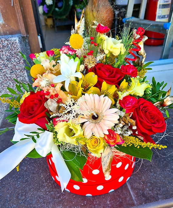 Cutie mare cu flori mixate 2