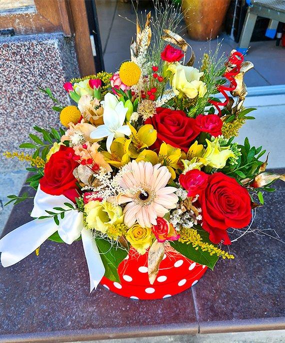 Cutie medie cu flori mixate 4