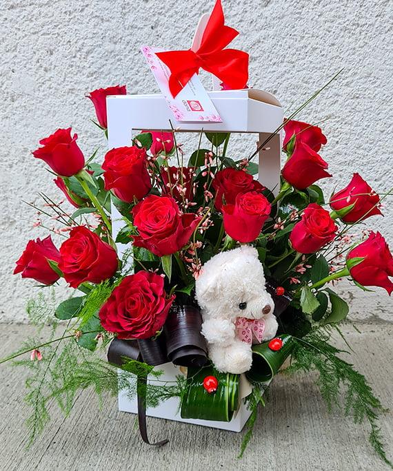 Cutie trandafiri si ursulet 2