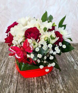 Inimioara cu flori mixate a1