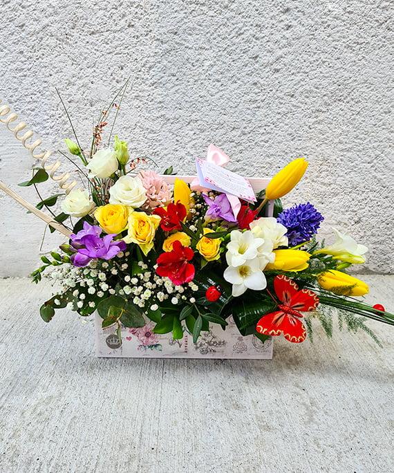 Ladita cu flori de primavara 2