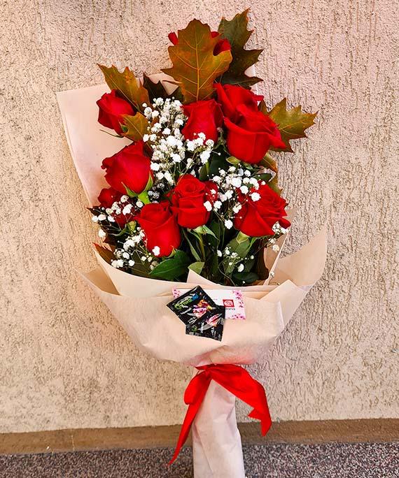 Buchet trandafiri si Quercus 1