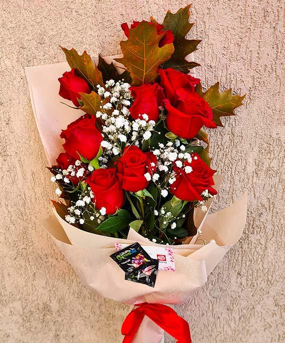 Buchet trandafiri si Quercus 2